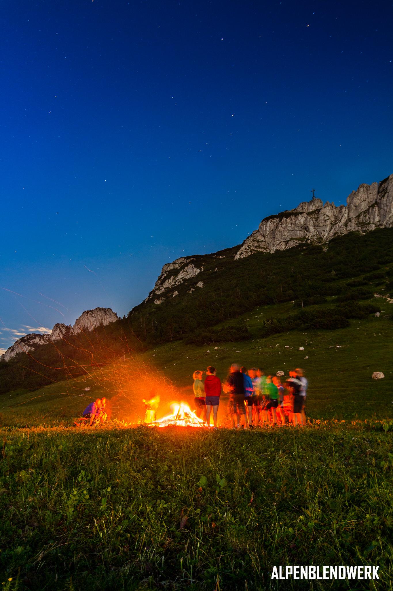 Sonnwendfeuer Kampenwand Aschau Chiemgau Landschaftsfotografie Deutschland