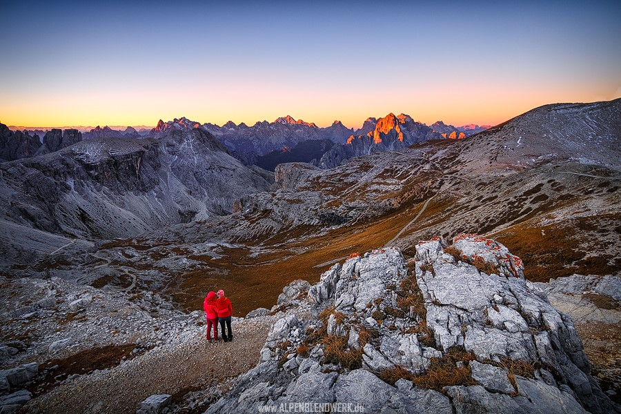 Dolomiten - Zwei Personen am Morgen