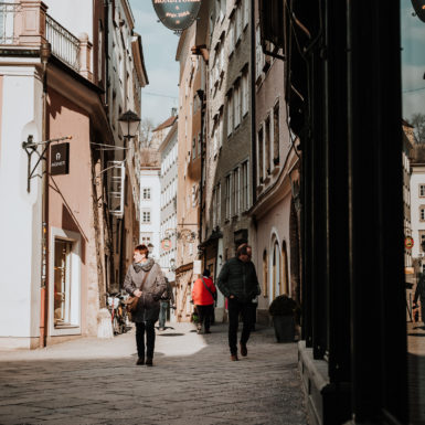Salzburg Altstadt Menschen