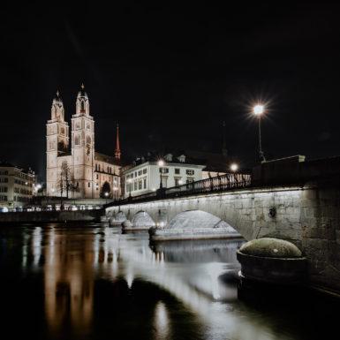 Zürich Brücke und Kirche